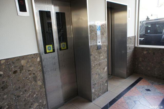エレベーター 9人乗り×2基