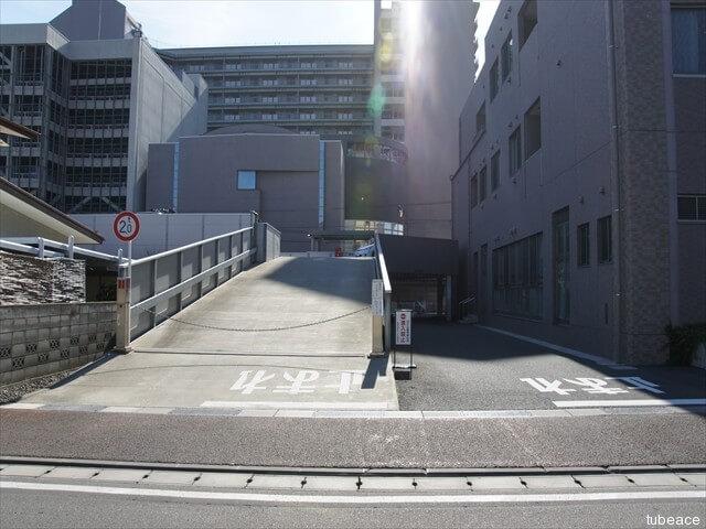 駐車場入口・チェーンゲート