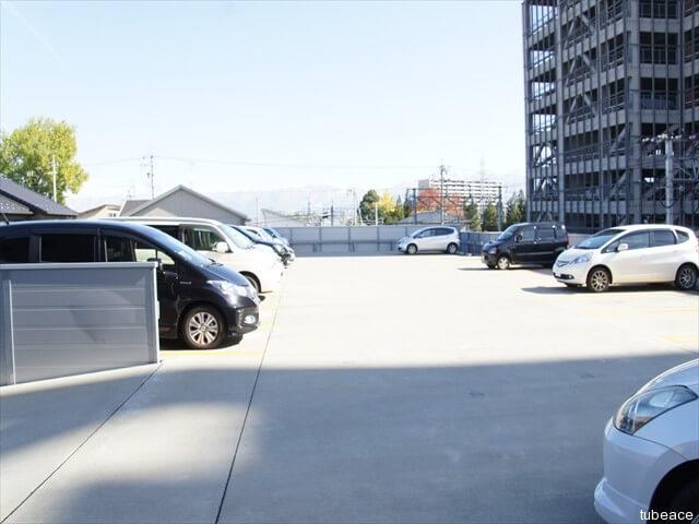 駐車場2F