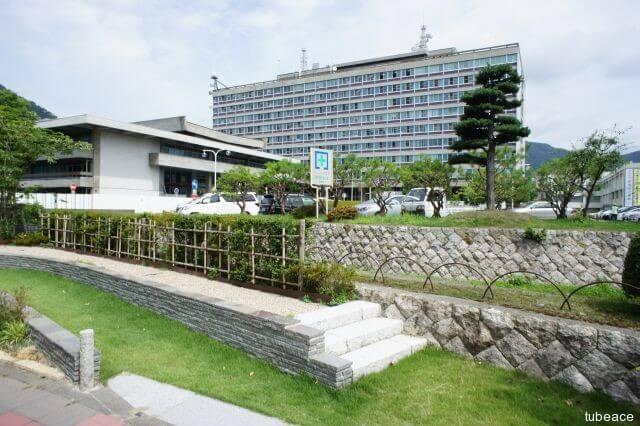 長野県庁 約350m(徒歩5分)