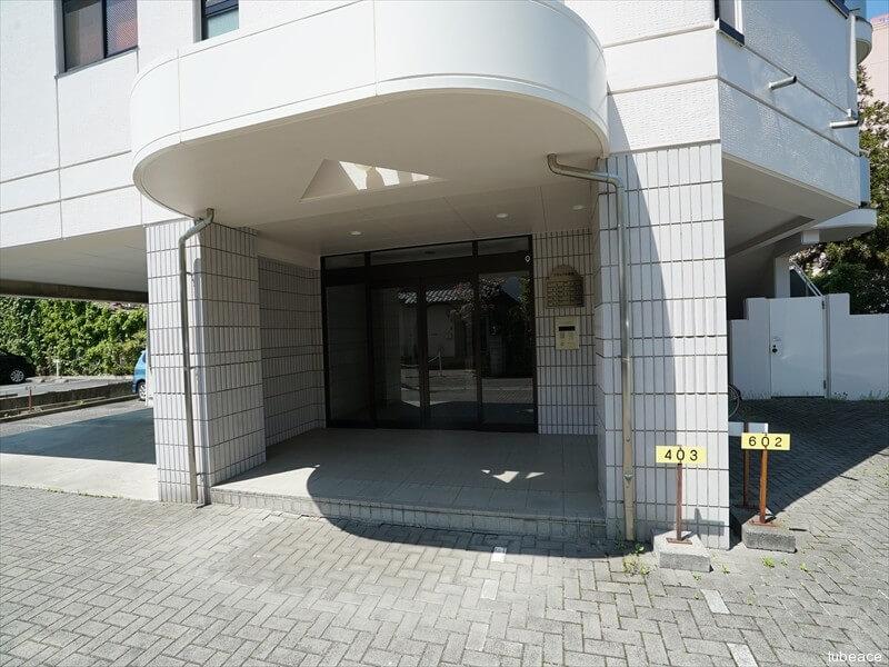 シティパル鶴賀・エントランス