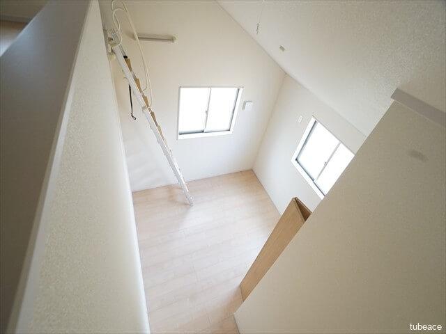 ロフト・2階 洋室6帖