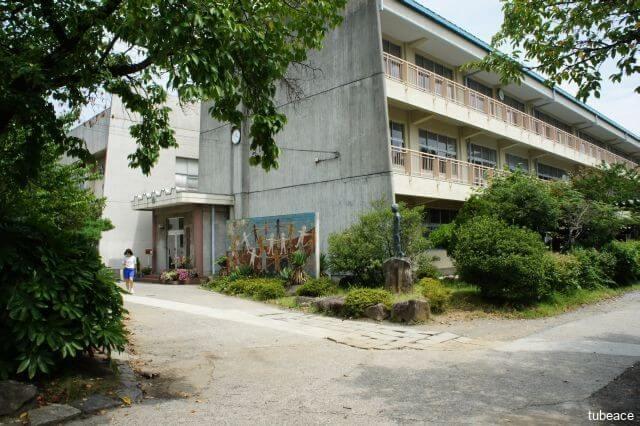 桜ヶ岡中学校