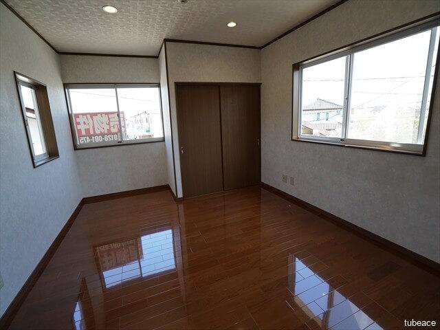 2階 洋室9帖