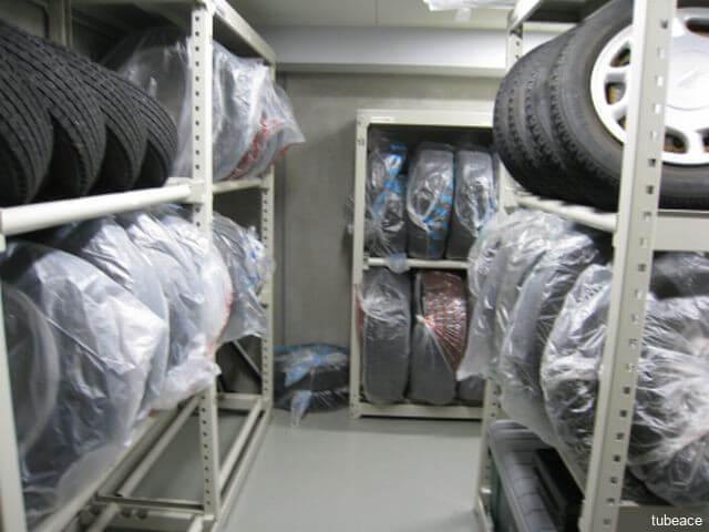 冬タイヤなどを保管出来るタイヤ庫