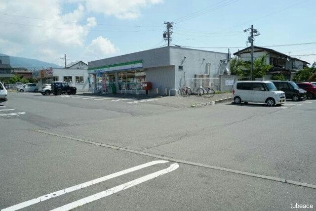 ファミリーマート長野宇木店 約430m(徒歩6分)