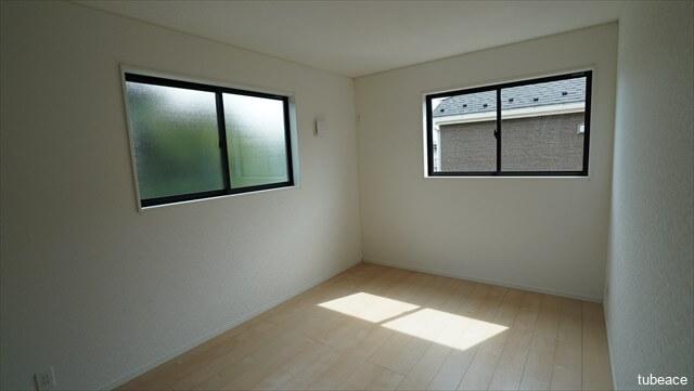 2階 洋室6.7帖