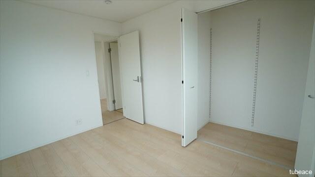 2階 洋室 6帖