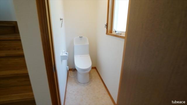 1階 トイレ 洗浄機能付暖房便座・新品