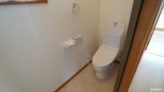 3階 トイレ 洗浄機能付暖房便座・新品