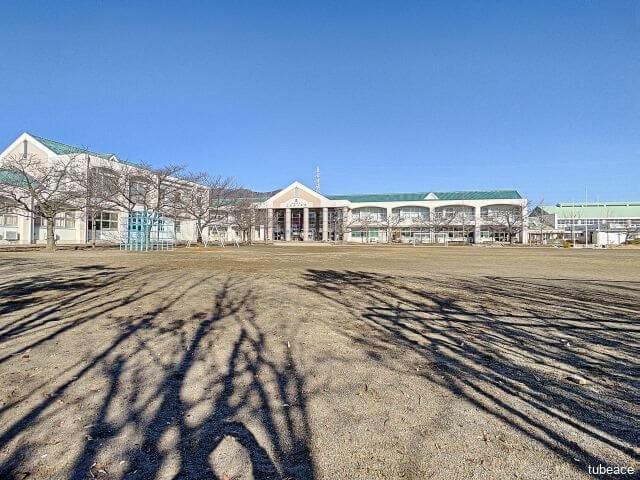 三本柳小学校 約400m(徒歩5分)