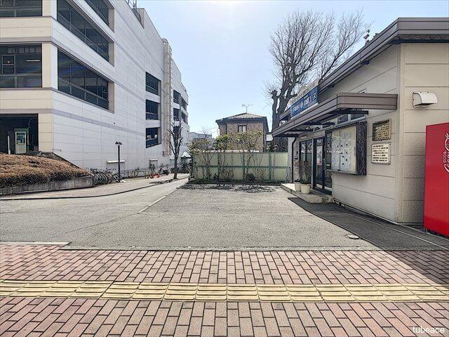 株式会社中部エース・駐車スペース