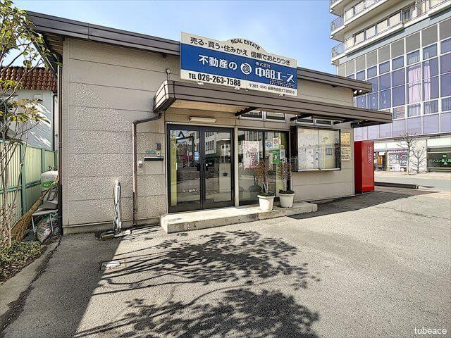 株式会社中部エース・外観・メインエントランス