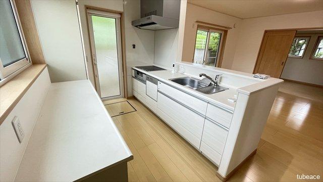 キッチンは広さもあるため作業がしやすく、料理も楽しくなりそうです。