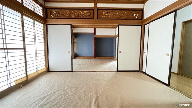2つの約8帖の和室は襖をあけて広々とした空間を作ることができます。