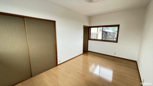 収納も充実しておりお部屋もスッキリ片付きます。
