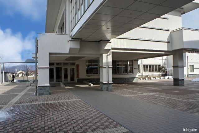 更埴西中学校 約2,000m(徒歩25分)